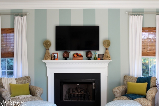 Embrace My Space: Fall Mantel